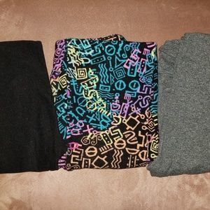 3 pairs of leggings